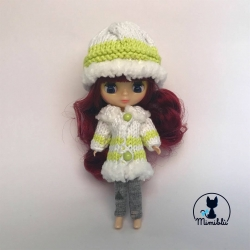 Outfit Abrigo Verde Petite